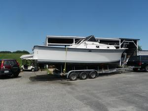 Used Luhrs 30 Alura Cuddy Cabin Boat For Sale