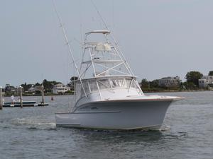 Used Custom Carolina By Lohr 43 Express Sports Fishing Boat For Sale