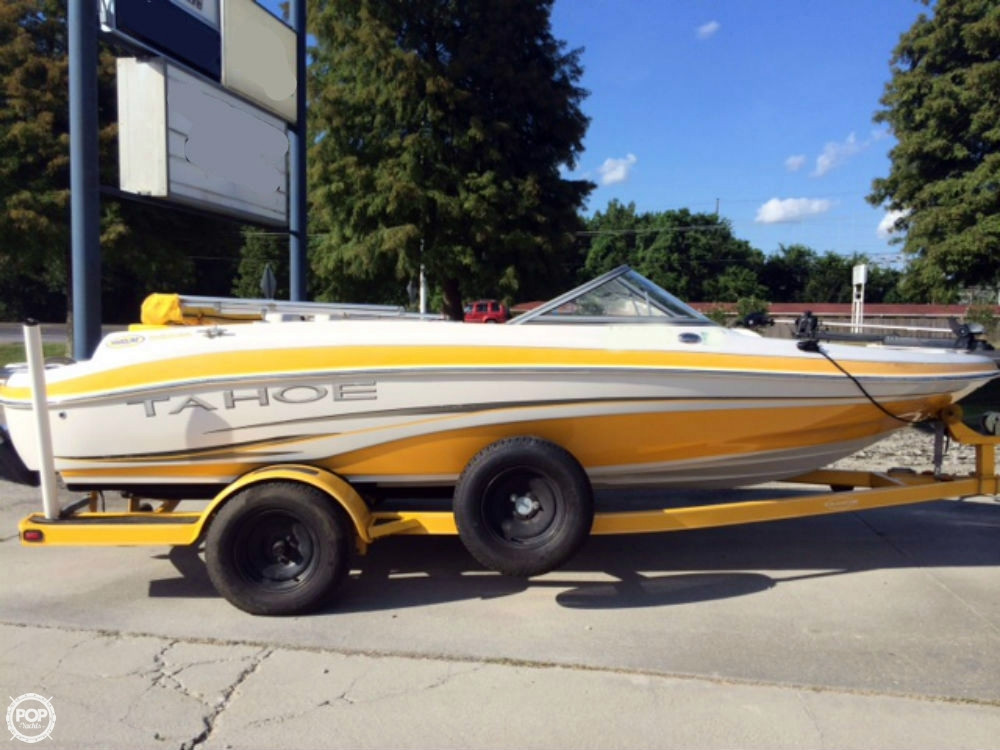 Used Tahoe Q4 Bowrider Boat For Sale