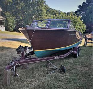 Used Chris-Craft 24 Sportsman Antique and Classic Boat For Sale