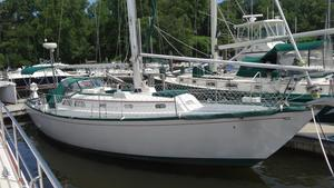 Used Hinckley 38 Cruiser Sailboat For Sale