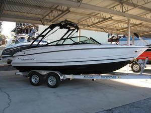 New Monterey 224 FS Bowrider Boat For Sale