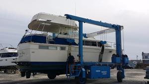 Used Chris-Craft 410 Commander Flush Deck Motor Yacht Motor Yacht For Sale
