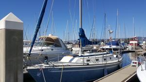 Used Newport 30 MKII Sloop Sailboat For Sale