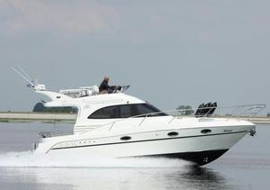 Used Galeon 330 Fly Bridge Cruiser Boat For Sale