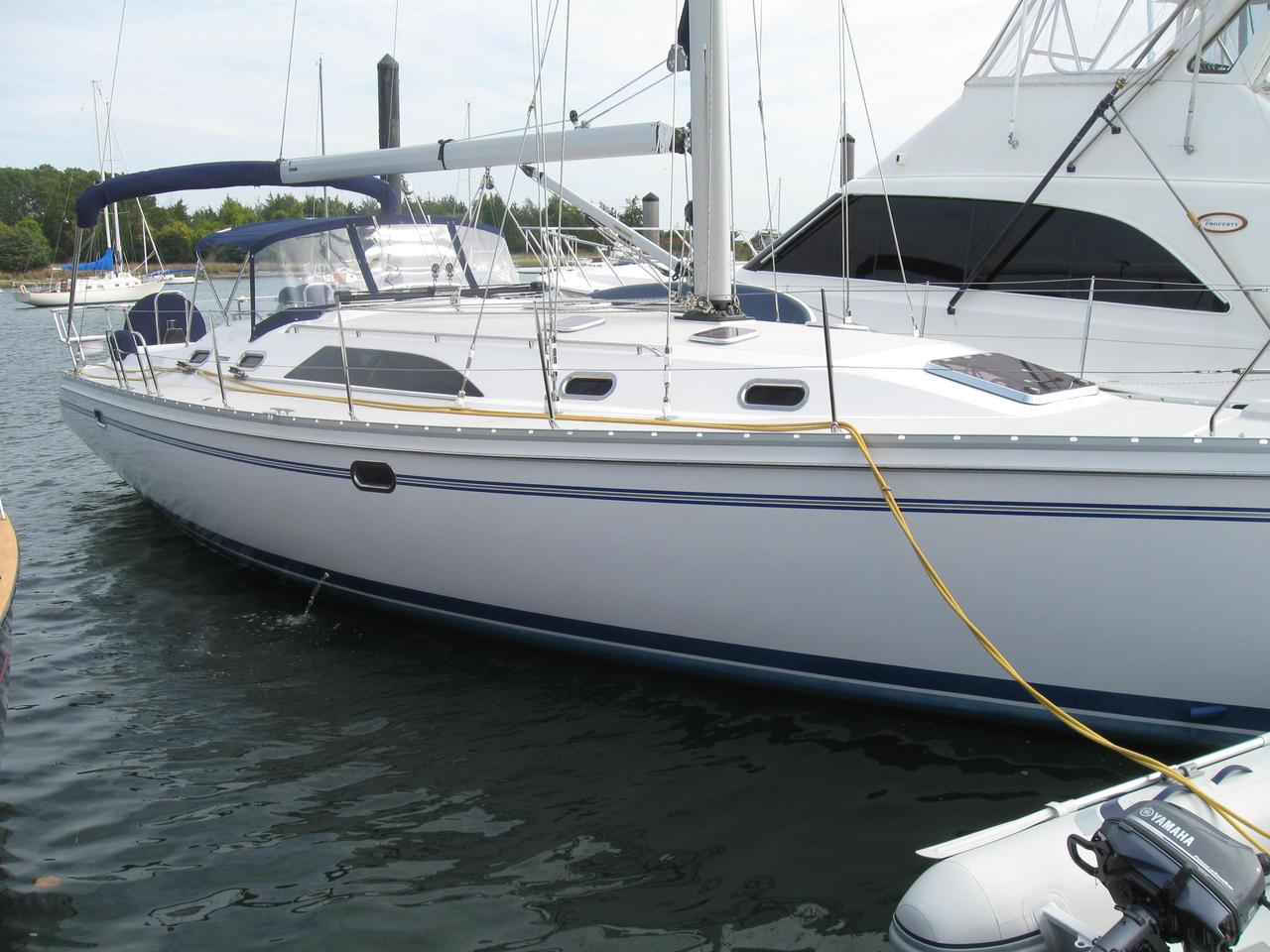 2011 Used Catalina 445 Cruiser Sailboat For Sale - $268,500