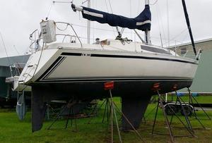 Used Canadian Sailcraft CS 30 Racer and Cruiser Sailboat For Sale