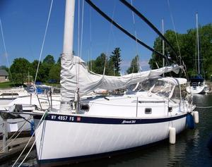Used Hinterhoeller Nonsuch 260 Racer and Cruiser Sailboat For Sale