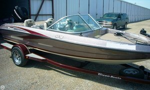 Used Triton SF-18 Bass Boat For Sale