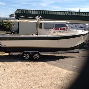 Used Osprey Pilothouse 26 Long Cabin Cruiser Boat For Sale