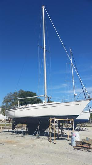 Used Morgan 382 Cruiser Sailboat For Sale