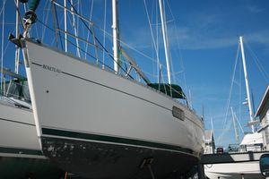 Used Beneteau Oceanis 321 Cruiser Sailboat For Sale