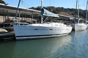 Used Beneteau America 373 Cruiser Sailboat For Sale