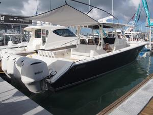 New Jupiter 43 SF Express Cruiser Boat For Sale