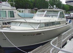 Used Chris-Craft Commander Antique and Classic Boat For Sale