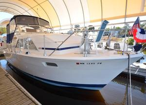 Used Chris-Craft 35 Double Cabin Motor Yacht For Sale