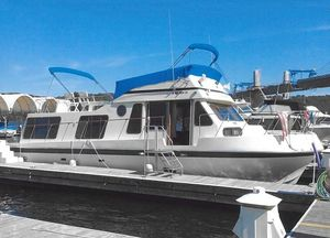 Used Bluewater 40 Tri-cabin House Boat For Sale