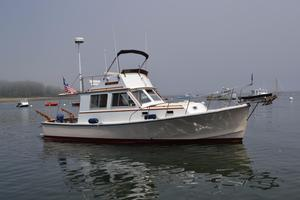 Used Nauset Downeast Cruiser Flying Bridge Lobster Yacht Cruiser Boat For Sale