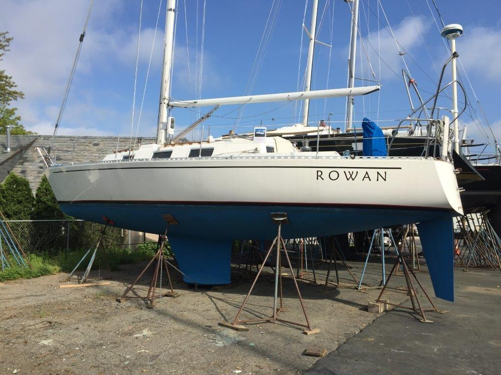 1988 Used J Boats J/37 Cruiser Sailboat For Sale - $55,000