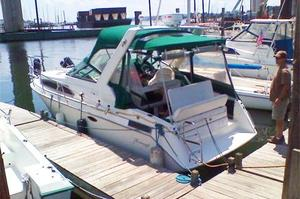 Used Thundercraft 260 Express Cruiser Boat For Sale