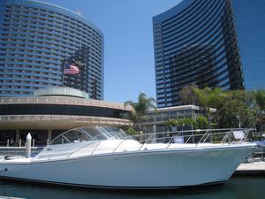 New Mckinna 48xsf Express Cruiser Boat For Sale