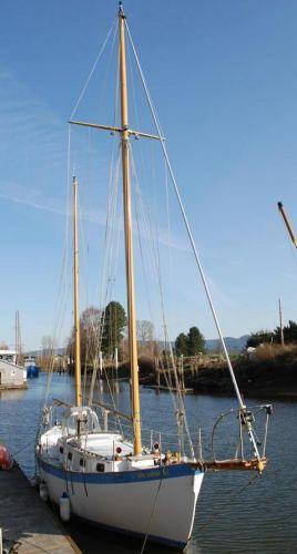 Used Dreadnought Tahiti Ketch Cruiser Sailboat For Sale
