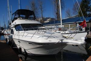 Used Bayliner 3258 Avanti Motor Yacht For Sale
