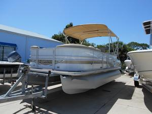 Used Sylvan Mirage 8520 Cruise Pontoon Boat For Sale