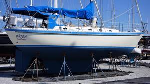 Used Tayana 42 NO Teak Decks Cruiser Sailboat For Sale