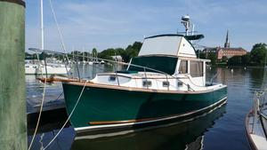 Used Wilbur 34 Flybridge Cruiser Boat For Sale