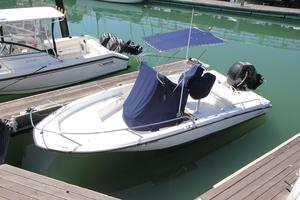 Used Boston Whaler Dauntless 200 Center Console Fishing Boat For Sale