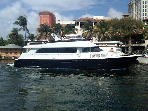 Used Hatteras 75 CPMY Flybridge Boat For Sale