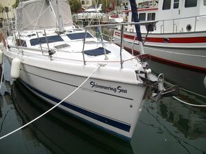 Used Hunter 45 CC Customized Cruiser Sailboat For Sale