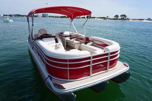 Used Bennington 22rcw Pontoon Boat For Sale
