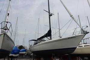 Used Ericson Power Antique and Classic Boat For Sale