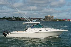 Used Pursuit 335 Offshore Saltwater Fishing Boat For Sale