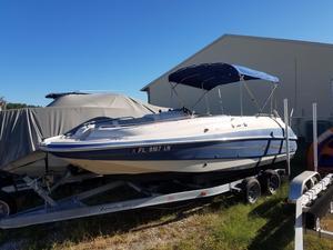 Used Larson Escape 213 Bowrider Boat For Sale