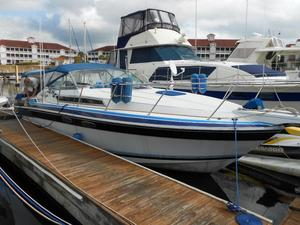 Used Wellcraft 32 ST. Tropez Express Cruiser Boat For Sale
