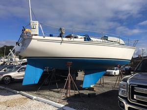 Used Pearson 10M Cruiser Sailboat For Sale