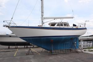 Used Capital Gulf 32 Cruiser Sailboat For Sale