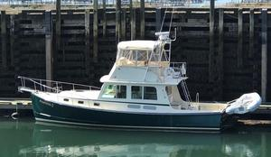 Used Northern Bay 38 Flybridge Downeast Fishing Boat For Sale