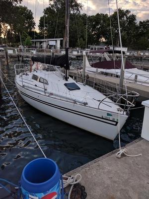 Used Soverel 30 MK II Sloop Sailboat For Sale