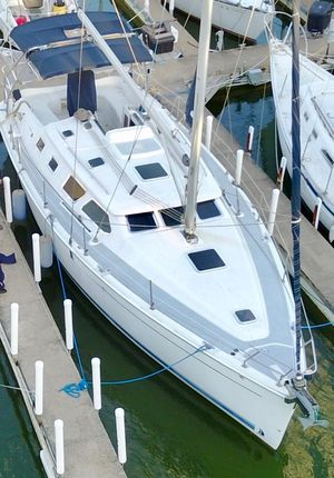 Used Hunter 41DS Cruiser Sailboat For Sale