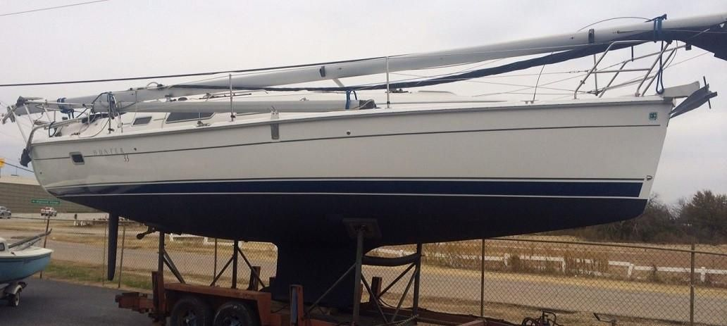 2007 Used Hunter 33 Cruiser Sailboat For Sale 74 500 Lewisville