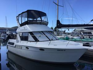 Used Carver Three Twenty Six Aft Cabin Motor Yacht For Sale