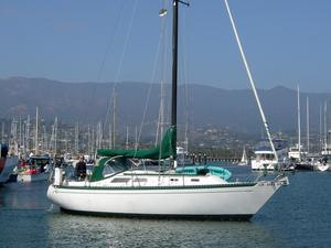 Used Islander 32 Cruiser Sailboat For Sale