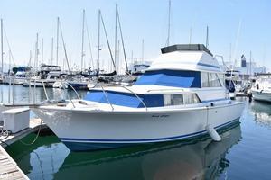 Used Bertram 35 Caribe Flybridge Cruiser Boat For Sale