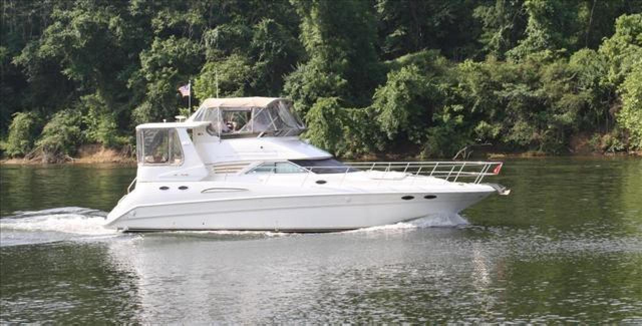 2000 Used Sea Ray 420 Aft Cabin Motor Yacht For Sale