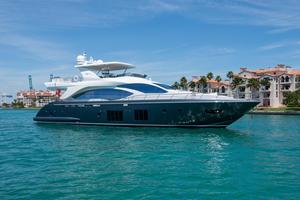 Used Azimut Motoryacht - US Spec Motor Yacht For Sale