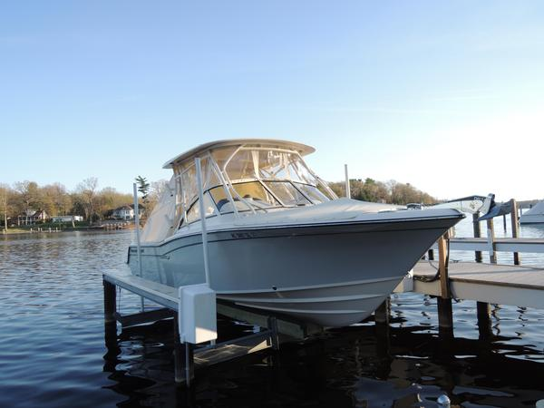 Used Grady-White Freedom 235 Cruiser Boat For Sale